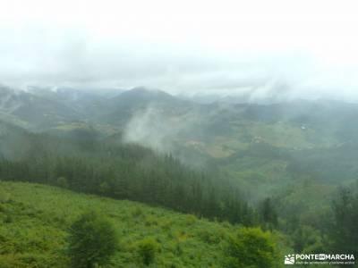 Parque Natural de Urkiola;parque natural aizkorri aratz senderismo el bosque parque montseny viajes